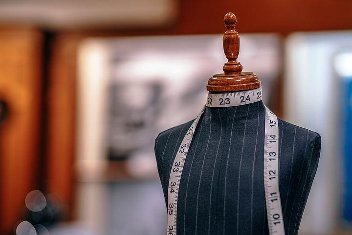Comment expliquer le succès des vêtements de seconde main ?